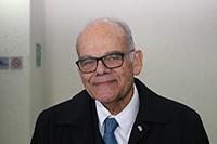 El doctor Jorge E. Allende Rivera, profesor titular de la Facultad de Medicina de la Universidad de Chile y miembro correspondiente de la Academia Mexicana de Ciencias, asegura que la ciencia enseñada sin experimentación se convierte en un aburrido aprendizaje de nombres y fórmulas, lo que desincentiva a los jóvenes a estudiar ciencias.