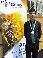 El joven Gerardo Cendejas Mendoza consiguió una medalla de plata para nuestro país en la 30ª Olimpiada Internacional de Biología.