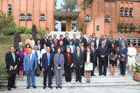 Los nuevos miembros de la Academia Mexicana de Ciencias acompañados por los integrantes del Consejo Directivo saliente y entrante.