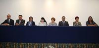 Autoridades del estado de Puebla y miembros del comité organizador de la XXVII  Olimpiada Nacional de Química,  en la ceremonia de apertura.