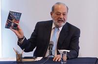 Carlos Slim Helú, presidente vitalicio de Grupo Carso, en conferencia de prensa en las oficinas de Grupo Financiero Inbursa.