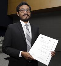 Doctor Pablo Cruz Morales, Premio Weizmann 2015, en el área de ingeniería y tecnología.