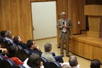 Con un ejercicio de retroalimentación concluyó la tercera reunión Construyendo el futuro. Encuentros de ciencia en Morelia, Michoacán En la imagen, el doctor José Luis Morán, presidente de la Academia Mexicana de Ciencias, en el auditorio del Instituto de Investigaciones en Ecosistemas y Sustentabilidad de la UNAM.
