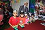 El presidente de la Academia Mexicana de Ciencias, José Luis Morán, visitó a los niños en el taller de Robótica pedagógica, que se impartió en el marco del Festival de los Derechos de la Niñez, en el Complejo Cultural Los Pinos, con motivo del Día del Niñ.