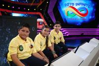 Equipo amarillo, medalla de bronce: Marte Aparicio Godínez (Tlaxcala), Nathalie López Pérez (Morelos) y Javier Juárez Ochoa (Sonora).