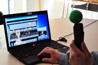 Proyecto Terapia de Gestos (Gesture Therapy) para tratar a personas que han sufrido algún tipo de accidente cerebrovascular. Es un sistema de videojuegos  con los cuales interactúa la persona afectada a través de una manija especialmente diseñada, la cual permite al sistema seguir el movimiento en tres dimensiones.