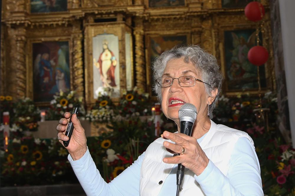 """Silvia Torres Castilleja, durante la conferencia """"La vida íntima de las estrellas""""."""